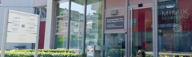 Eingangstür Fortbildungvorort Institut